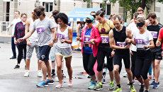 Парный забег вслепую: спортивная дистанция и психологический мини-тренинг