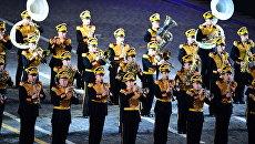 Музыканты Центрального военного оркестра Министерства обороны РФ на церемонии закрытия X Международного военно-музыкального фестиваля Спасская башня в Москве