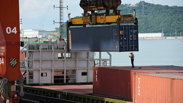 Китай ввел ответные пошлины на товары из США на сумму 16 млрд долларов