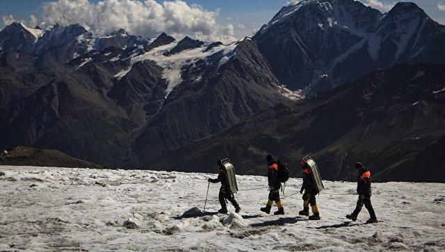 Поисково-спасательный отряд в горах Кабардино-Балкарии
