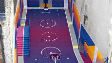 Баскетбольная площадка в парижском районе Пигаль