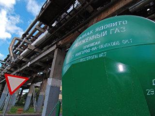 На территории Новгородского комбината по производству минеральных удобрений ОАО Акрон. Архивное фото
