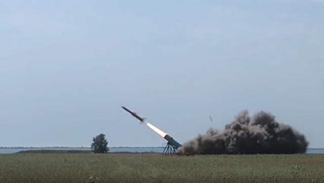 Испытания украинской крылатой ракеты