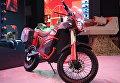 Электрический мотоцикл Иж Пульсар на презентации новых разработок концерна Калашников в рамках IV Международного военно-технического форума Армия-2018 в КВЦ Патриот