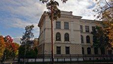 Главное здание СПбПУ. Архивное фото