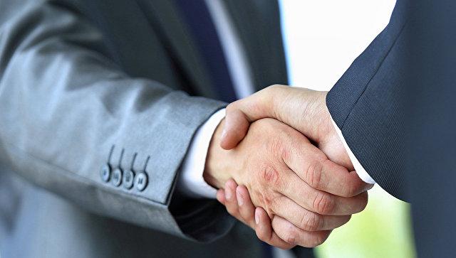 Общение и надежная репутация – залог доверия в сфере НКО. Архивное фото