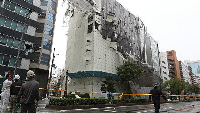 Последствия прохождения тайфуна Джеби в Осаке, Япония. 4 сентября 2018