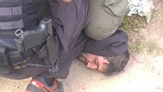 Кадры задержания боевика ИГ* за подготовку убийства ополченца ДНР