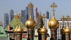 Купола Верхоспасского собора Московского Кремля. Архивное фото