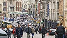 Улица Кузнецкий мост в Москве. Архивное фото