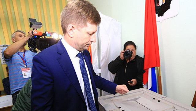 Кандидат в губернаторы Хабаровского края Сергей Фургал вов время голосования на выборах главы региона
