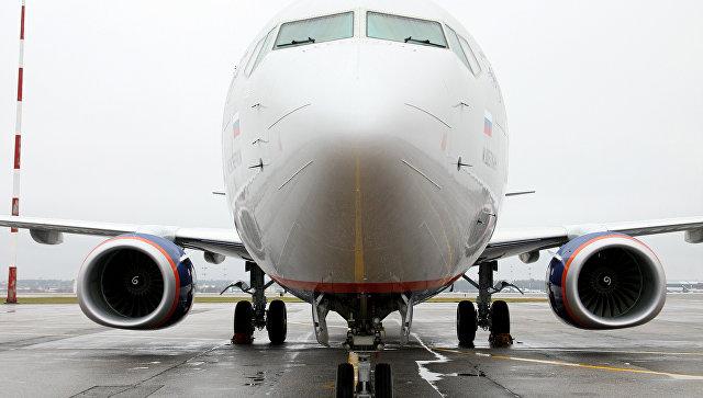 Аварийно севший в Красноярске Boeing-738 вылетел в Москву