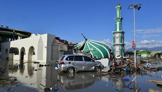 Более 1200 человек погибли при землетрясении и цунами в Индонезии