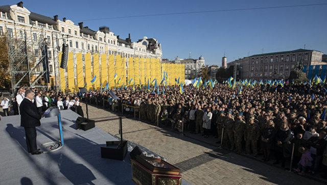 Картинки по запросу Порошенко на молебне в Киеве - фото