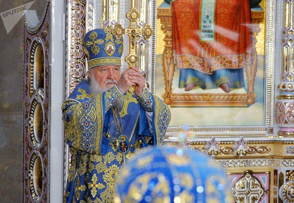 Патриарх Московский и всея Руси Кирилл принимает участие в освящении Минского храма-памятника во имя Всех святых