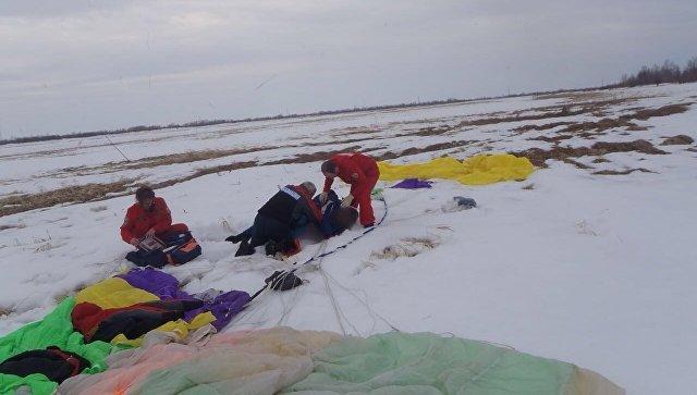 Причинении тяжкого вреда здоровью 15-летней девушки при осуществлении прыжка с парашютом совместно с инструктором спортивного клуба Икар