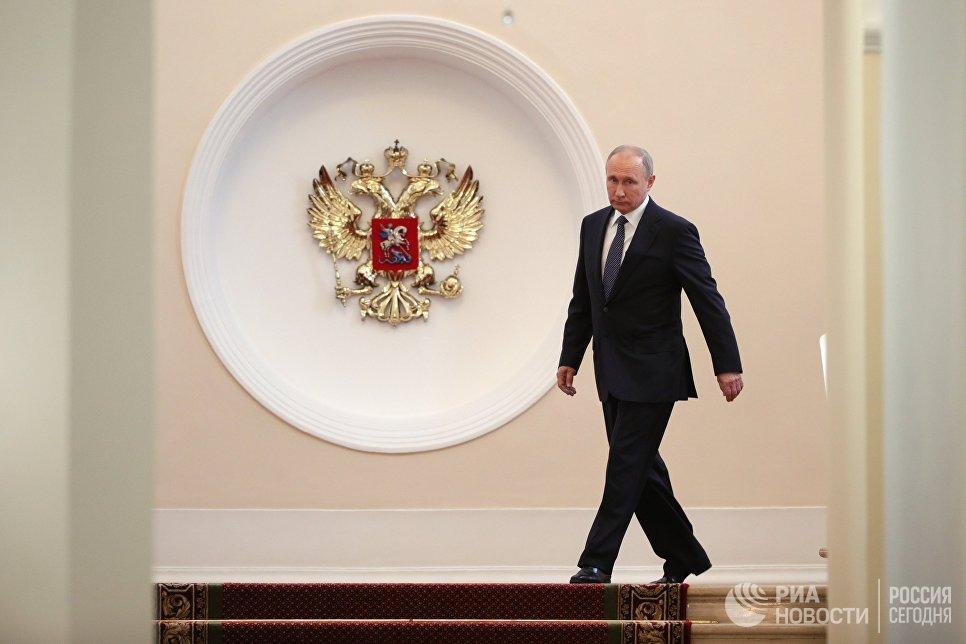 Рим — наш. Премьер Италии выступил против Евросоюза и едет к Путину