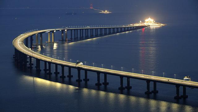 Мост между городами Гонконг, Макао и Чжухай