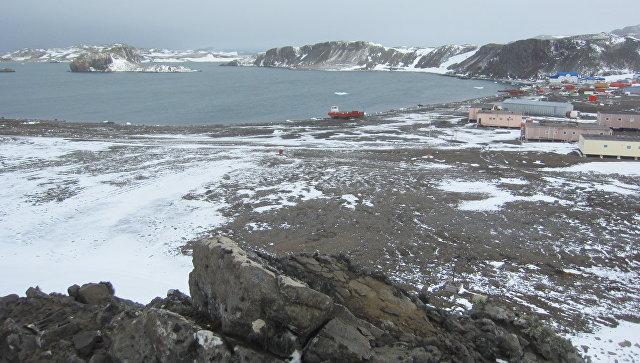 Российская научная станция Беллинсгаузен на острове Кинг-Джордж (Ватерлоо) в Антарктиде. Архивное фото.