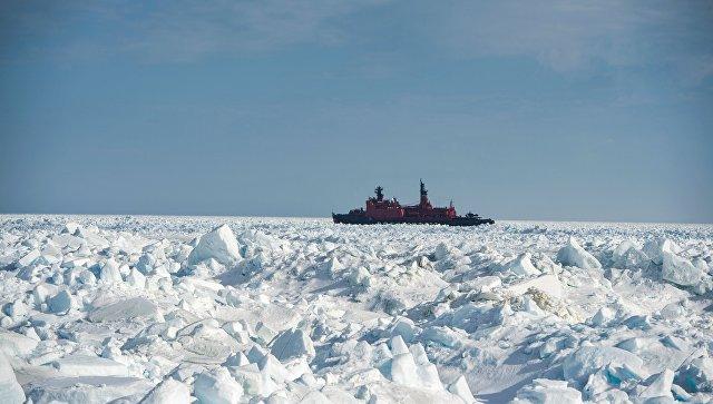 Атомный ледокол Ямал в Карском море. Архивное фото