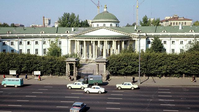 Здание Московского городского научно-исследовательского института скорой помощи имени Н.В. Склифосовского
