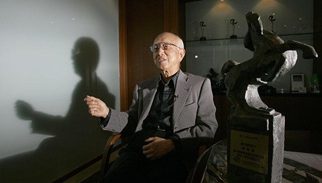 В Гонконге умер продюсер фильмов с Брюсом Ли и Джеки Чаном