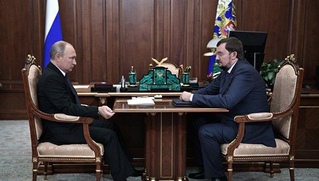 Власти должны выполнять данные бизнесу обещания, заявил Путин