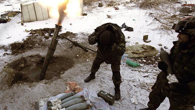 Украинские силовики начали массированный обстрел ДНР