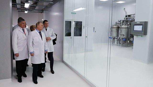 Путин отметил развитие российской фармацевтической отрасли