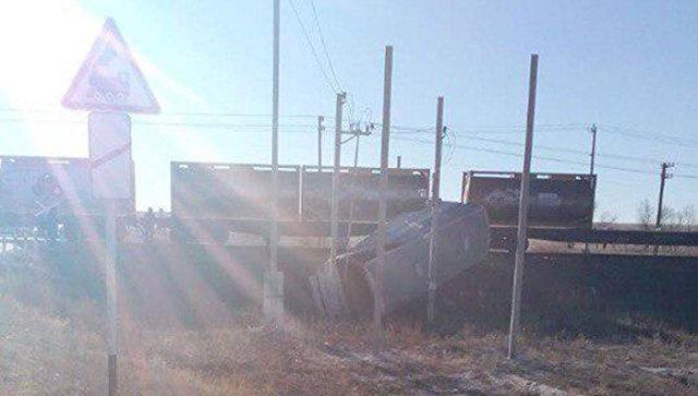 В Саратовской области устранили последствия ДТП на переезде