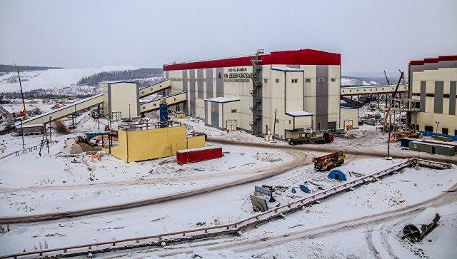 """Сотрудникам шахты """"Денисовская"""" ничего не угрожает, заявили в компании"""