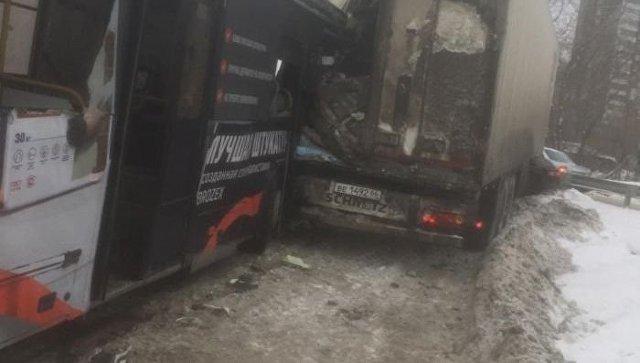 Прокуратура подключилась к проверке ДТП с автобусом в Екатеринбурге