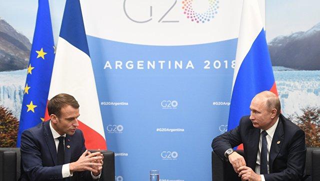 Переговоры президента России Владимира Путина с французским коллегой Эммануэлем Макроном