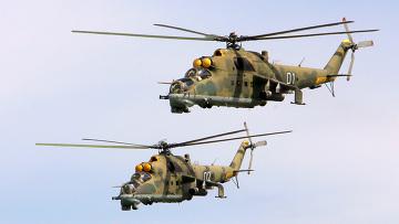 Боевой вертолет поддержки Ми-24. Архив