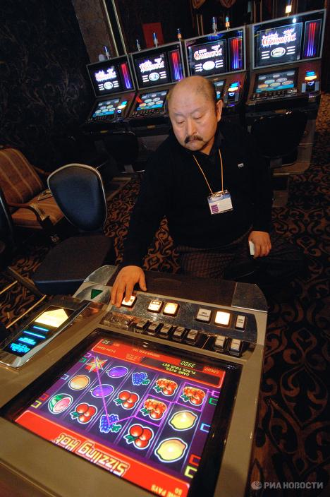Работа в казино аракул flash game русская рулетка