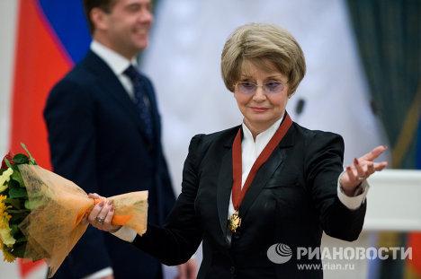 Солистка Московского государственного академического театра оперетты Татьяна Шмыга
