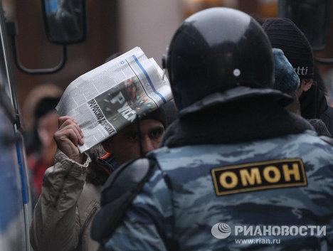 Меры безопасности на площади у Киевского вокзала
