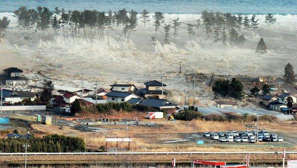 Последствия землетрясения и цунами в японском городе Натори