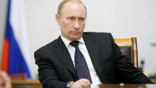 Премьер-министр РФ Владимир Путин проводит совещание по ситуации вокруг АЭС в Японии