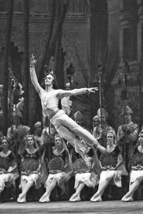 Сергей Бережной в балете Баядерка
