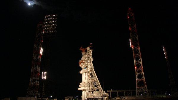 Пуск ракеты Протон-М с российским спутником, архивное фото