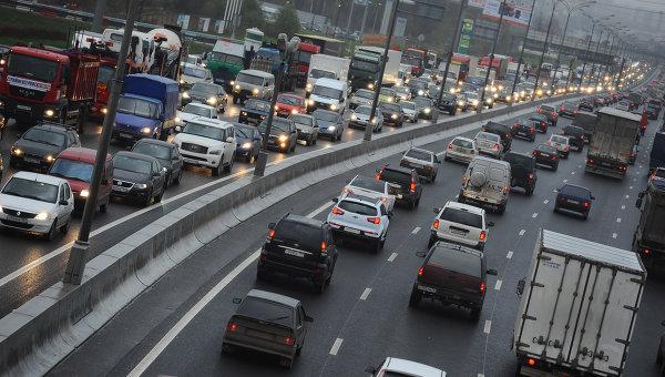 Минпромторг разработал новые условия для выдачи субсидий попрограмме обновления автопарка