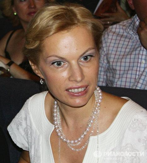 одежда ольга лысова жена абрамовича слой сделан