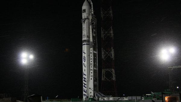 Пуск ракеты Зенит-2SБ с межпланетной станцией Фобос-Грунт