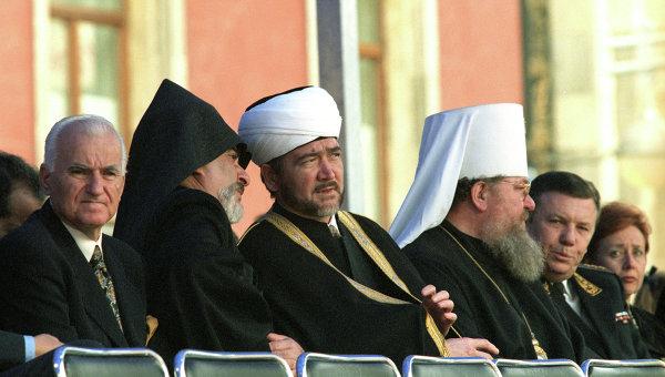 Представители различных религиозных конфессий. Архив