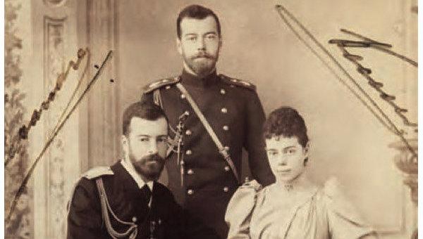 Фотография семьи Романовых