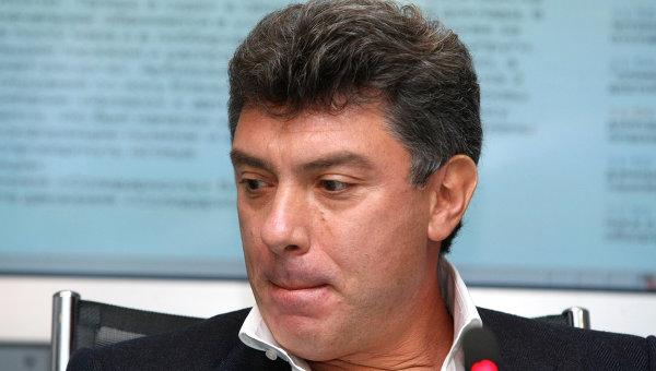 Пресс-конференция политика Бориса Немцова и адвоката Вадима Прохорова в агентстве РИА Новости