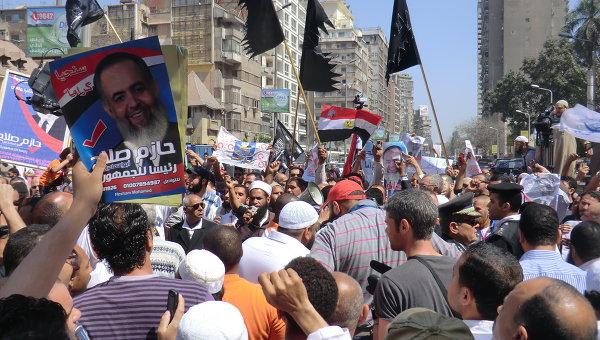 Демонстрация у суда в Египте. Архивное фото