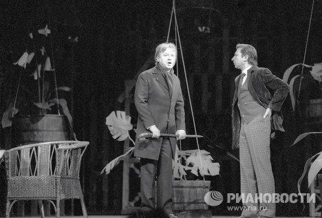 Олег Табаков и Игорь Кваша на репетиции спектакля Доктор Штокман