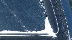 Осадки в виде белого порошка выпали на улицы Омска